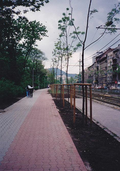 Budapest, II. kerület területén út- és járdaépítés