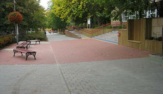 Százhalombatta út- és járdarekonstrukciós munkák 2013